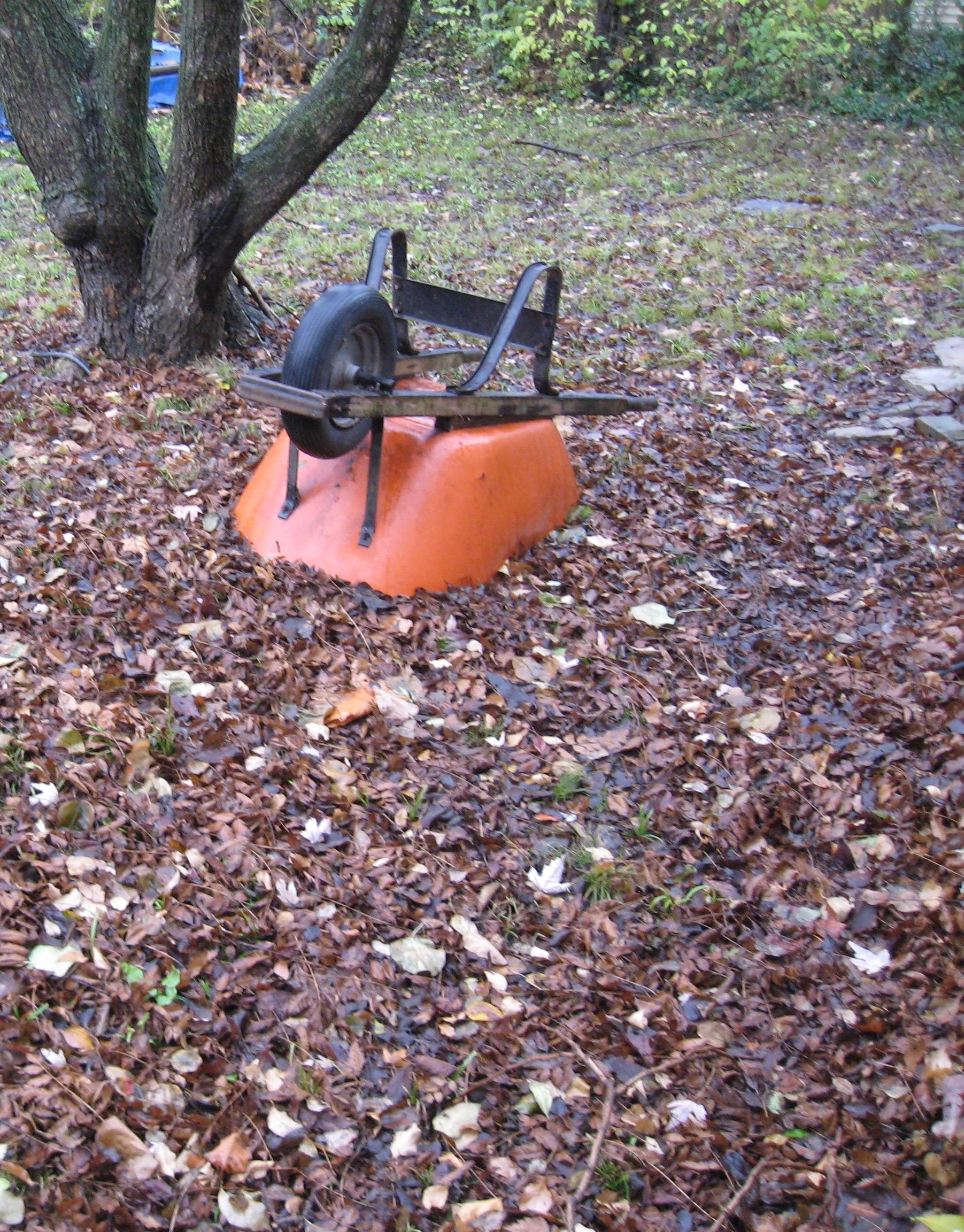 wheelbarrowandleavesdecember2016gartland